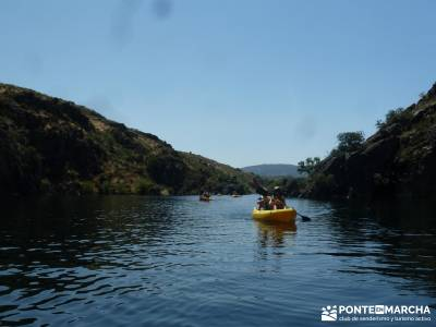 Piragua El Atazar;puente de la constitucion viajes en octubre singles madrid senderismo